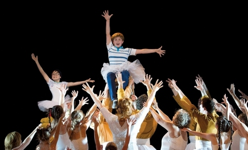 "Adam Vesperman is Billy Elliot in the ""Finale"""