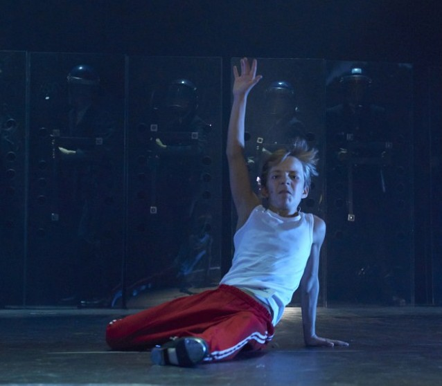 billy elliot masculinity essay Gender roles in the 2000 film billy elloit save your essays here so you can gender gender role masculinity norm gender studies billy elliot social.
