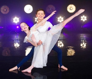Tayluer Amos and Elliott Hanna in the finals of Got to Dance 2012