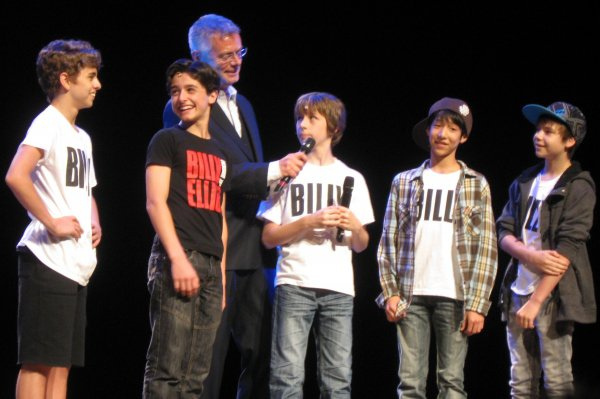 The 5 North American Tour Billys with Stephen Daldry (l-r) Michael Dameski, Giuseppe Bausilio, Daldry, Kylend Hetherington, Lex Ishimoto and Daniel Russell
