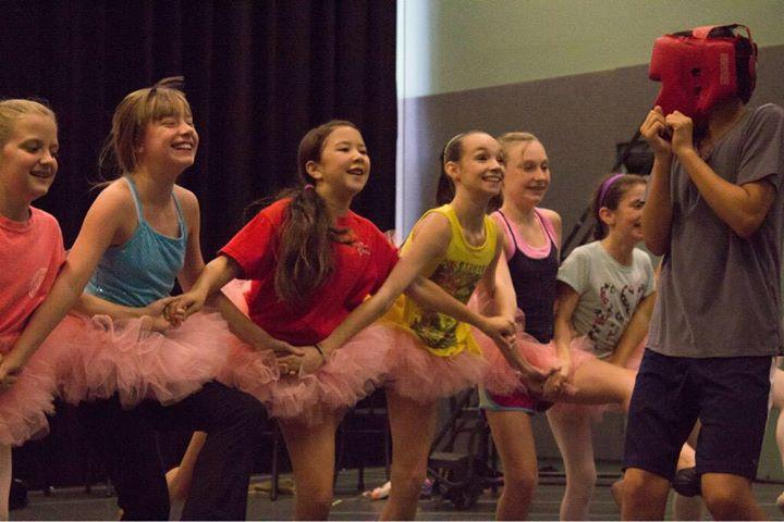 Memphis BETM's Ballet Girls in Their Dance Class