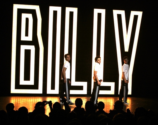 The-Original-Billys-Say-Goodbye-at-The-BETM-Broadway-Closing
