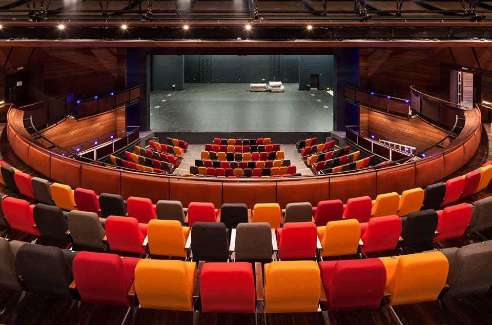 interior-asb-waterfront-theatre